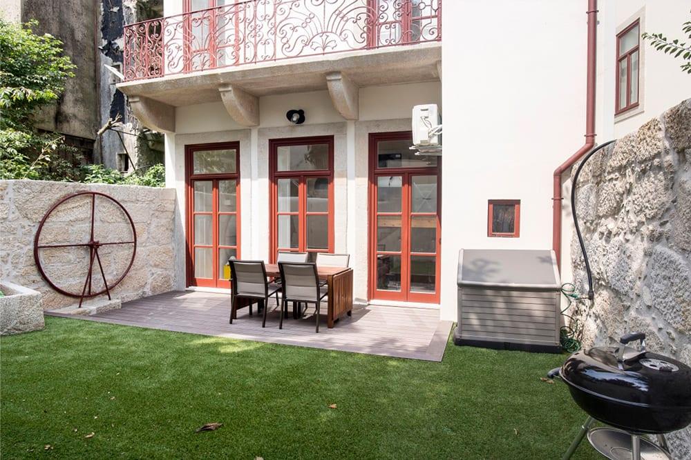 Fernandes Tomás 247 | Plano Inclinado - Reabilitação Urbana Porto